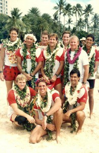 1986 Molokai Hoe Winners Front: Scott Rolles, Mark Rigg, Keone Downing. Standing: Walter Guild, Tom Conner, Bill Bright, Chris Kincaid, Steve Van Lier Ribbink, Coach Steve Scott, Kainoa Downing.