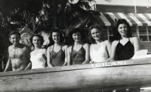 1943 Macfarlane Regatta Senior Women Bob Fischer, Greta Ross, Nita Hayes, Clare Cross, Anna Morris, Roselle Robinson