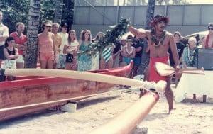 Ray Suganuma chants over the new canoe.