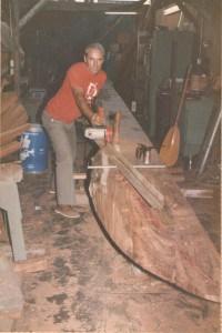Joe Quigg works on the Kaoloa.