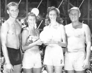 Rusty Thomas and Bill Capp, right, defeated Dick Muirhead and Eva Hunter for the 1951 Kane-Wahine title.